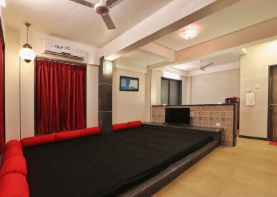 our-villa-lonavala-royale-interior (6)